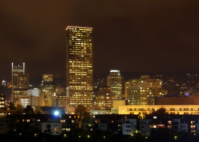 portland-city-at-night-1113tm-pic-1603.jpg